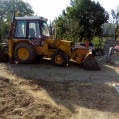 BULDO ESCAVATOR JCB - Utilitare auto PilotOn