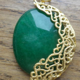 Pandantiv aurit mat si agata verde padure