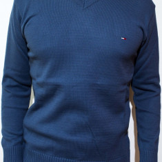 Pulover Tommy Hilfiger - pulover barbat pulover slim fit pulover online cod 116 - Pulover barbati, Marime: M, L, Culoare: Albastru, Gri, Negru
