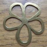 Pandantiv bronz forma floare