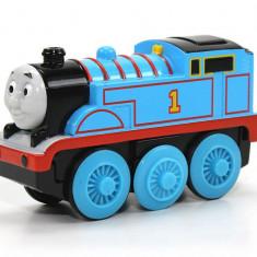 Locomotiva Thomas cu baterie, colectia Thomas si prietenii sai - Trenulet Fisher Price, 4-6 ani, Electrice, Lemn, Unisex