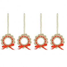 Set 4 coronite crosetate manual, diametru de la 6 cm, Auriu cu rosu - Coronite Craciun