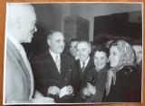 Petru Groza si Gheorghiu Dej la sectia de votare in 1957