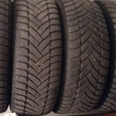 Am 4 Jante VW Passat 205/55/R16 cu anvelope de iarna made in Germany - Anvelope iarna Dunlop
