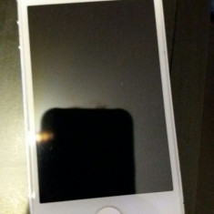 iPhone 4 Apple Alb, 8GB, Neblocat