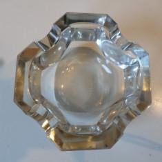 Scrumiera cristal - Scrumiera sticla