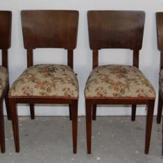 Set 4 scaune din lemn masiv; Scaun cu saltea pe arcuri