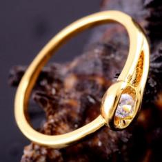 Superb inel 9k GOLD FILLED cu zircon cz. Marimea 9 - Inel placate cu aur