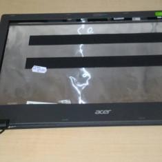Capac Display Acer Aspire E15-E5-573 cu balamale, rama display si camera web - Carcasa laptop