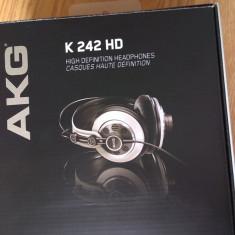 Casti AKG K 242 HD, Casti On Ear, Cu fir, Mufa 3, 5mm, Active Noise Cancelling
