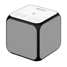 Sony SRS-X11 - Boxa portabila cu Bluetooth si NFC, alb
