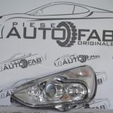 Far stanga Ford S-Max cu xenon
