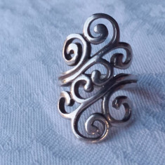 Inel argint model Floral vechi Elegant de Efect executat manual Vintage Superb