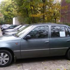 Cielo, an fabricatie 1996, 5 locuri, pret negociabil, 200000 km, Benzina, 498 cmc, Berlina