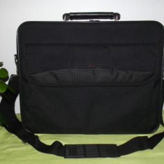Geanta originala laptop Toshiba 16 inch - impecabila - Geanta laptop