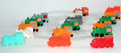 Miniaturi, locomotive  romanesti din plastic dur - anii '80 foto