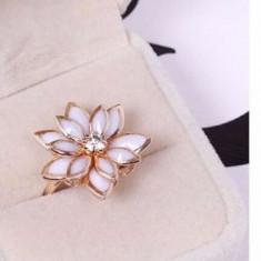 Inel placat filat aur roz 14k tip PANDORA GOLD ROSE floare lotus marime 7-9 - Inel placate cu aur