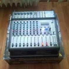 Mixer amplificat beringer europower pmp1000 de 500 wati - Mixer audio Behringer