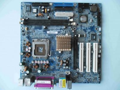 Placa de baza Gigabyte GA-8S649MF DDR1 PCI Express socket 775 foto