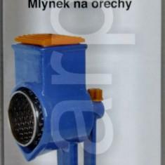 Masina de macinat nuca nuci alune fonta manuala BIO YG-130P - Rasnita manuala