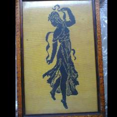 GOBLEN, dansatoare negru pe crem, 16 puncte/cmp, punct mare, 29x47cm, 35x52cm