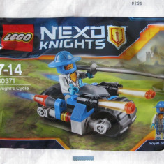 LEGO 30371 - NEXO KNIGHTS CYCLE WITH ROYAL SOLDIER