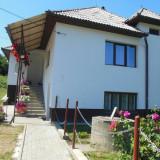 Casa cu curte si gradina - Casa de vanzare, 110 mp, Numar camere: 3, Suprafata teren: 1800