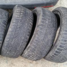 Anvelope iarna Bridgestone SH, Latime: 205, Inaltime: 55, R16