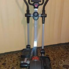 Bicicleta Eliptica(XFact C200) - Bicicleta fitness