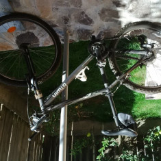 Bicicleta MTB Rockrider 5.2 - Mountain Bike Rockrider, 16 inch, 26 inch, Numar viteze: 24
