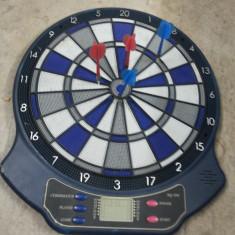 "Joc electronic, ""Darts"", cu afisaj cuart si sageti - Set Darts"