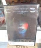 UNDER THE SKIN (1 DVD ORIGINAL FILM - cu SCARLET JOHANSSON - CA NOU!!!)