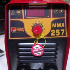 Aparat sudura tip Invertor MMA Edon 257 Amperi