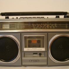 Radiocasetofon SANYO M-9923LU