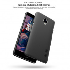 Husa OnePlus 3 A3000 Super Frosted + Folie Protectie by Nillkin Neagra