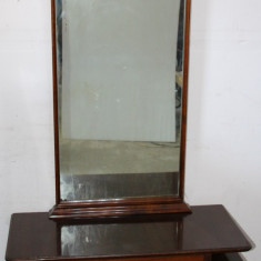 Toaleta cu sertar si 2 usi; Comoda cu oglinda; Dulap dormitor, Comode si bufete, Dupa 1950