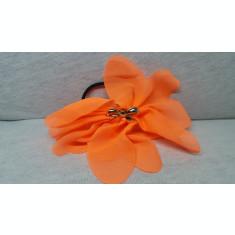 Elastic par tip floare, cu fundita din plastic, culoare portocaliu aprins