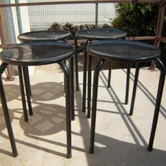 LOT de 4 scaune metalice de bucatarie negre, diametru 30 cm., inaltime 43 cm. - Scaun bucatarie, Negru
