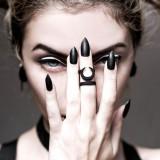 Inel midi Occult in black - Pandantiv fashion