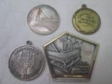 set 4 insigne