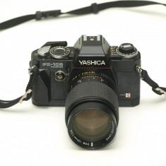 Yashica FX 103 Program - Aparat Foto cu Film Yashica