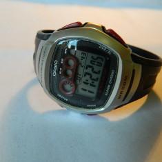 Ceas unisex CASIO Alarm-Chronograph digital, Cauciuc