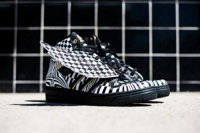 Adidas Jeremy Scott Wings Opart - marimea 41 1/3 foto