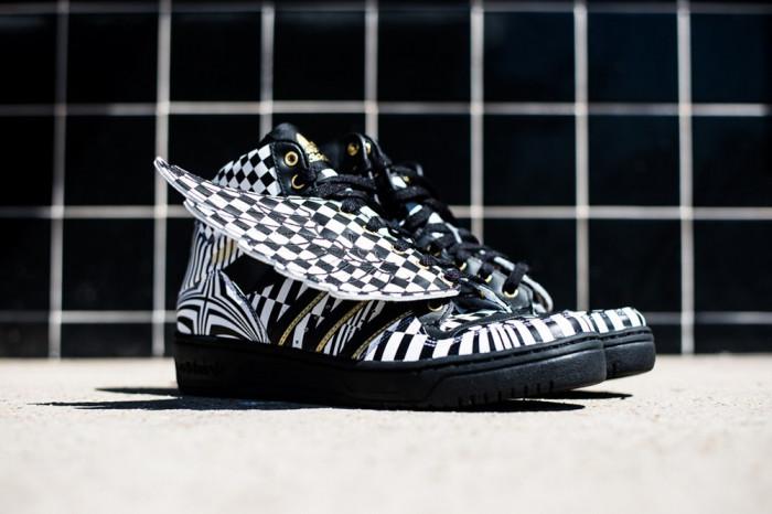 Adidas Jeremy Scott Wings Opart - marimea 41 1/3