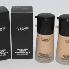 Fond de ten Mac Cosmetics MAC Mineralize Moisture SPF15 Fond de ten Mac Cosmetics hidratant cremos, Lichid