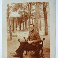 Fotografie veche militar / jilt - scaun de epoca circa 1918