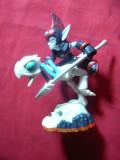 Figurina - ELF calare pe schelet Pasare pe cap mort ,model Actovizion ,h= 9,5 cm