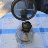 Lampa de perete, Lampi