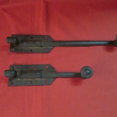 Zavor vechi din fier, ivar, incuietoare, zavoare vechi deosebite - Metal/Fonta