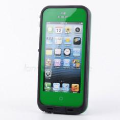 Toc subacvatic verde waterproof cu prelungitor casti iPhone 5 - Husa Telefon, iPhone 5/5S/SE, Negru, Plastic